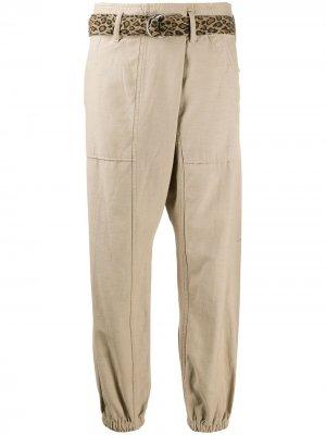 Зауженные брюки R13. Цвет: нейтральные цвета