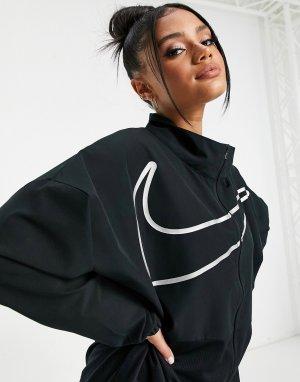 Черная куртка на молнии с большим логотипом-галочкой Nike Pro Training-Черный цвет Training