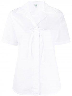 Рубашка с короткими рукавами и бантом Kenzo. Цвет: белый