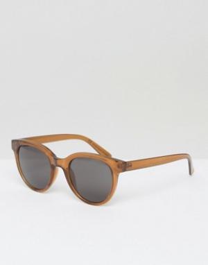 Солнцезащитные очки в круглой оправе Transfer Weekday. Цвет: коричневый