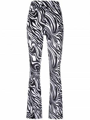 Спортивные брюки в полоску Juicy Couture. Цвет: белый