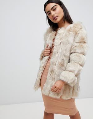 Меховая куртка с полосатой отделкой Luxurious Jayley. Цвет: кремовый