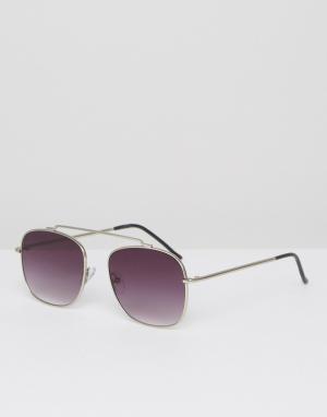 Солнцезащитные очки-авиаторы в серебристой оправе Beta Matrix Spitfire. Цвет: серебряный