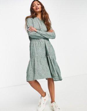 Зеленое платье миди с присборенной юбкой и мелким цветочным принтом -Зеленый цвет Vero Moda