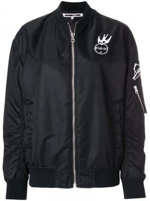 Куртка-бомбер с нашивками McQ Swallow. Цвет: черный