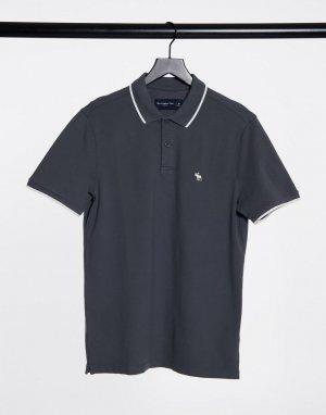 Поло серого цвета из ткани пике с окантовкой и логотипом -Серый Abercrombie & Fitch