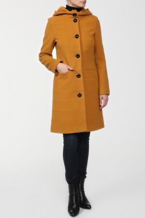 Пальто Elegant Ledy. Цвет: желтый