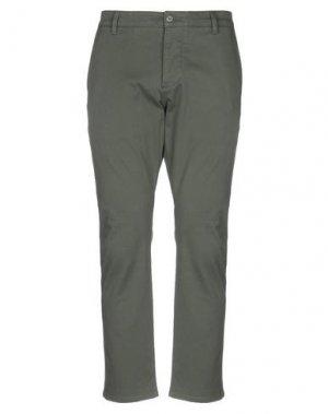 Повседневные брюки DOCKERS KHAKIS. Цвет: зеленый-милитари