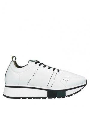 Низкие кеды и кроссовки FABI. Цвет: белый