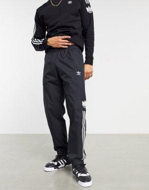 Черные джоггеры с объемным принтом трилистника и тремя полосками -Черный цвет adidas Originals