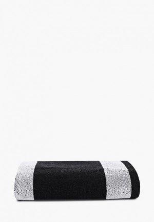 Полотенце EA7. Цвет: черный