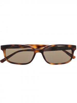 Солнцезащитные очки в оправе черепаховой расцветки The Attico. Цвет: коричневый