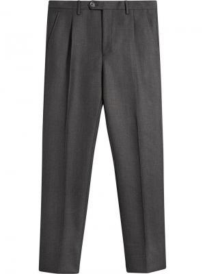 Укороченные классические брюки Burberry. Цвет: серый