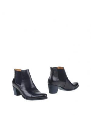 Полусапоги и высокие ботинки CARRARO. Цвет: темно-синий