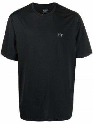 Arcteryx футболка с круглым вырезом и логотипом Arc'teryx. Цвет: черный