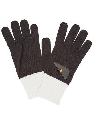 Двухцветные перчатки с аппликацией Fendi. Цвет: черный