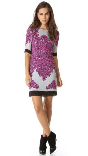 Комбинированное платье-халат Blaire Milly. Цвет: розовый