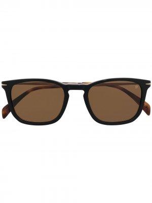Солнцезащитные очки в квадратной оправе с затемненными линзами Eyewear by David Beckham. Цвет: черный