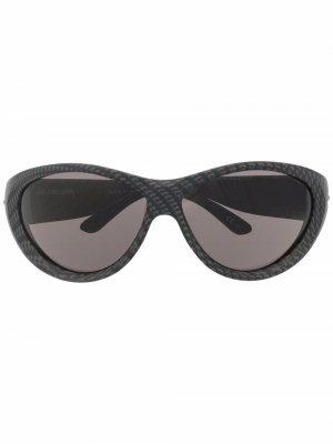 Солнцезащитные очки Swift в круглой оправе Balenciaga Eyewear. Цвет: серый
