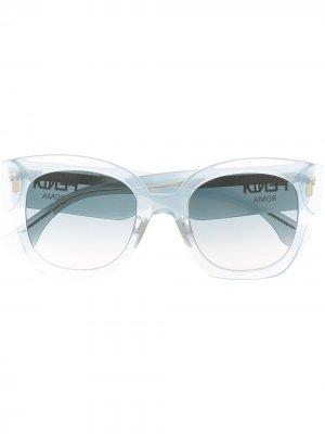 Солнцезащитные очки в массивной оправе Fendi Eyewear. Цвет: синий