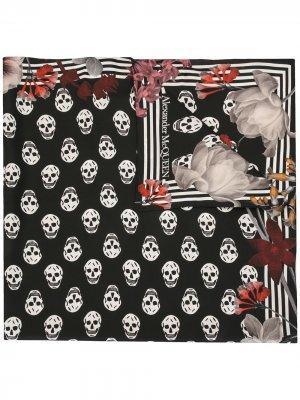 Платок с принтом Skull Alexander McQueen. Цвет: черный