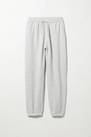 Спортивные штаны Standard Weekday. Цвет: серый