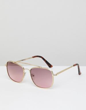 Солнцезащитные очки в золотистой оправе с розовыми стеклами River Island. Цвет: золотой