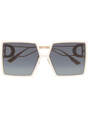 Солнцезащитные очки 30Montaigne в квадратной оправе Dior Eyewear. Цвет: белый