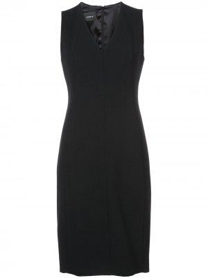Платье с V-образным вырезом Akris. Цвет: черный