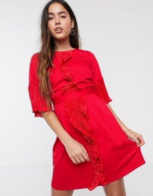 Платье с оборками и завязкой на спине Closet-Красный Closet London