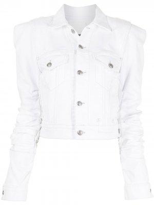 Джинсовая куртка с объемными плечами R13. Цвет: белый