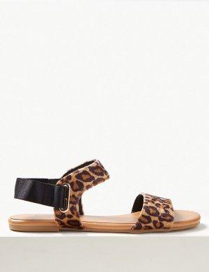 Открытые сандалии с анималистическим принтом M&S Collection. Цвет: коричневый микс