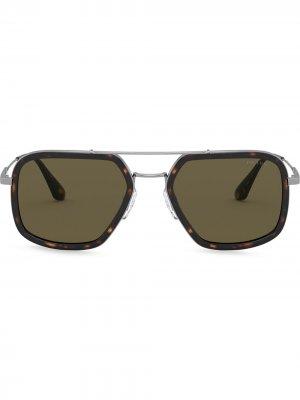 Солнцезащитные очки Game в оправе навигатор Prada Eyewear. Цвет: коричневый