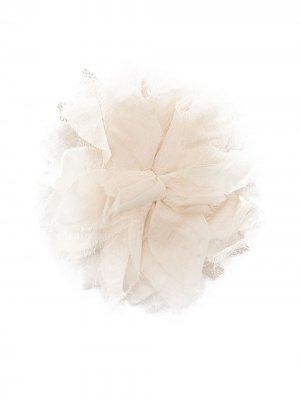 Брошь в форме цветка Zhoe & Tobiah. Цвет: 45 naturale
