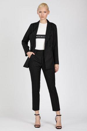 Зауженные брюки с фирменным дизайном VASSA&Co. Цвет: черный