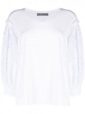 Блузка с английской вышивкой D.Exterior. Цвет: белый