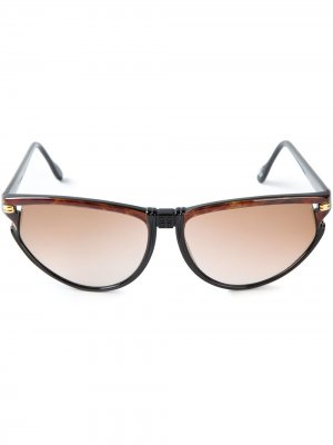 Солнцезащитные очки в овальной оправе Givenchy Pre-Owned. Цвет: черный