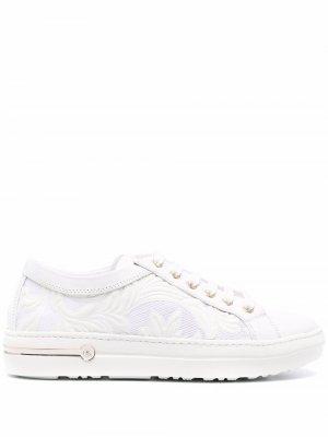 Кроссовки на шнуровке Baldinini. Цвет: белый