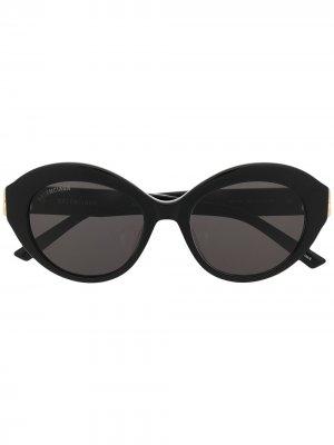 Солнцезащитные очки в круглой оправе с логотипом BB Balenciaga Eyewear. Цвет: черный