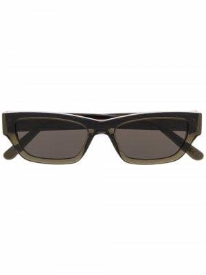 Солнцезащитные очки в квадратной оправе Han Kjøbenhavn. Цвет: зеленый