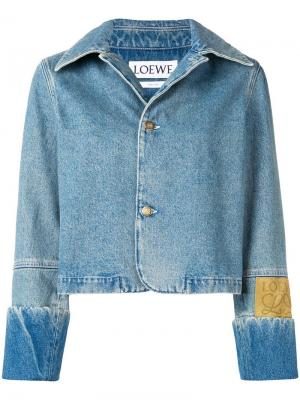 Укороченная джинсовая куртка Loewe. Цвет: синий