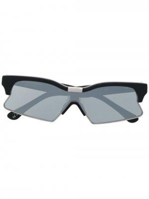 Солнцезащитные очки C1 из коллаборации с Marcelo Burlon Linda Farrow. Цвет: черный