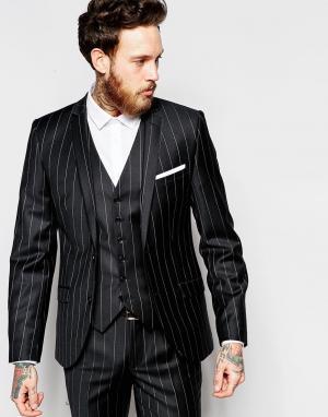 Супероблегающий пиджак в мелованную полоску Heart & Dagger. Цвет: черный