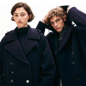 Пальто Winter Icons Lacoste. Цвет: none