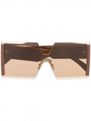 Солнцезащитные очки в массивной квадратной оправе Marni Eyewear. Цвет: коричневый