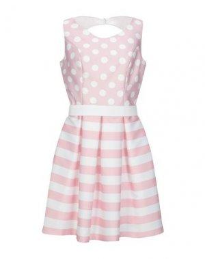 Короткое платье CASTING. Цвет: светло-розовый