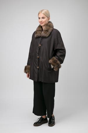 Короткое двустороннее пальто на меху Santini. Цвет: коричневый