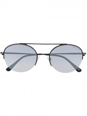 Солнцезащитные очки с эффектом градиента TOM FORD Eyewear. Цвет: черный