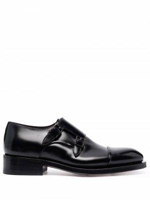 Туфли монки с пряжками Santoni. Цвет: черный