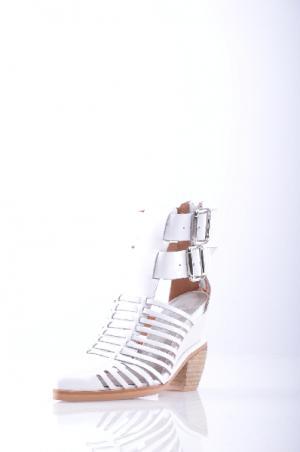 Ботинки JEFFREY CAMPBELL. Цвет: белый